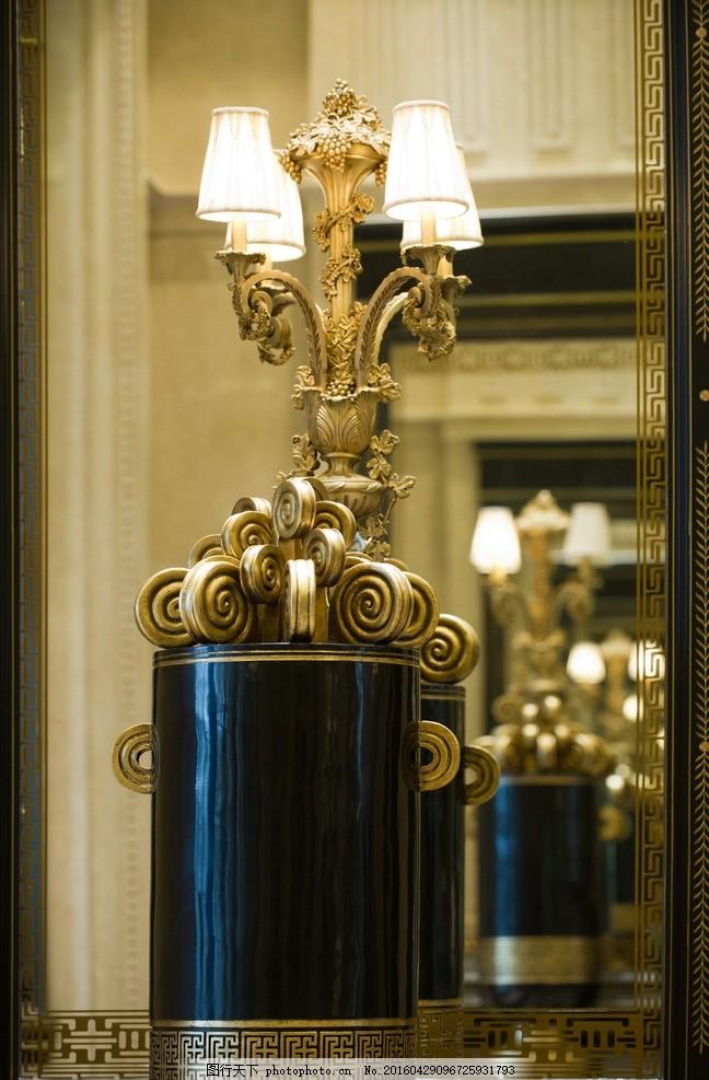 豪华室内装饰 豪华室内 壁灯 酒店大堂 欧式造型 欧式壁灯 摄影 生活