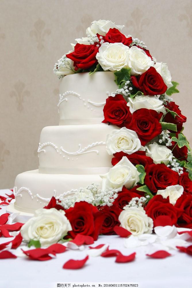 结婚蛋糕与玫瑰花图片图片