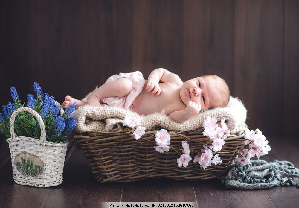 睡在篮子里的婴儿图片素材 篮子里 可爱宝贝 婴儿 孩子 宝宝 baby