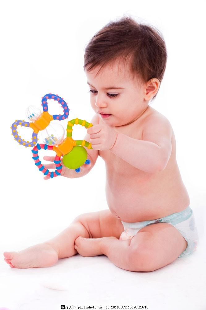 外国宝宝摄影图片素材 宝宝 可爱宝宝 微笑宝宝 外国宝宝 玩具 玩耍中