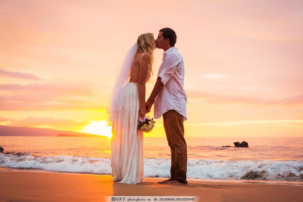 浪漫欧美情侣写真图片下载 浪漫情侣图片 海边婚纱照 海边 情侣 情侣