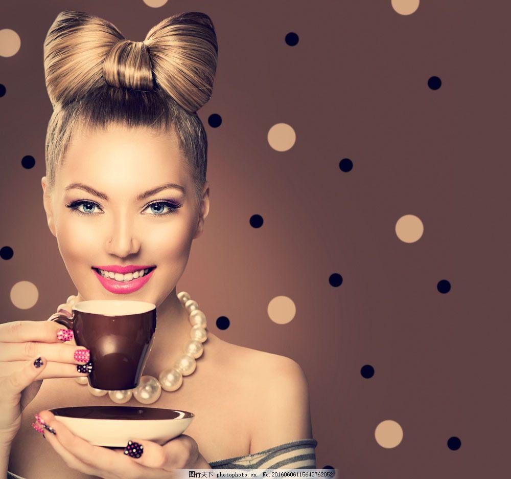 喝咖啡品质美女图片