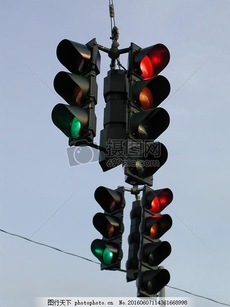 交通灯 veriolg电路图