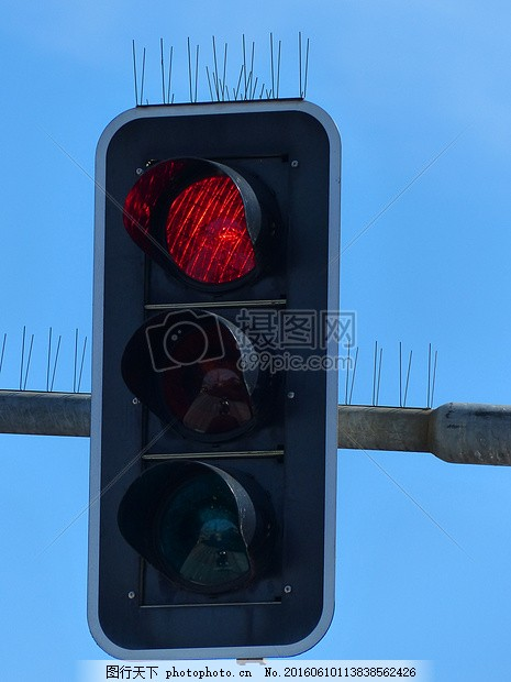 红绿灯 灯塔 道路规则 交通灯信号 红色 光 仍然站 交通信号
