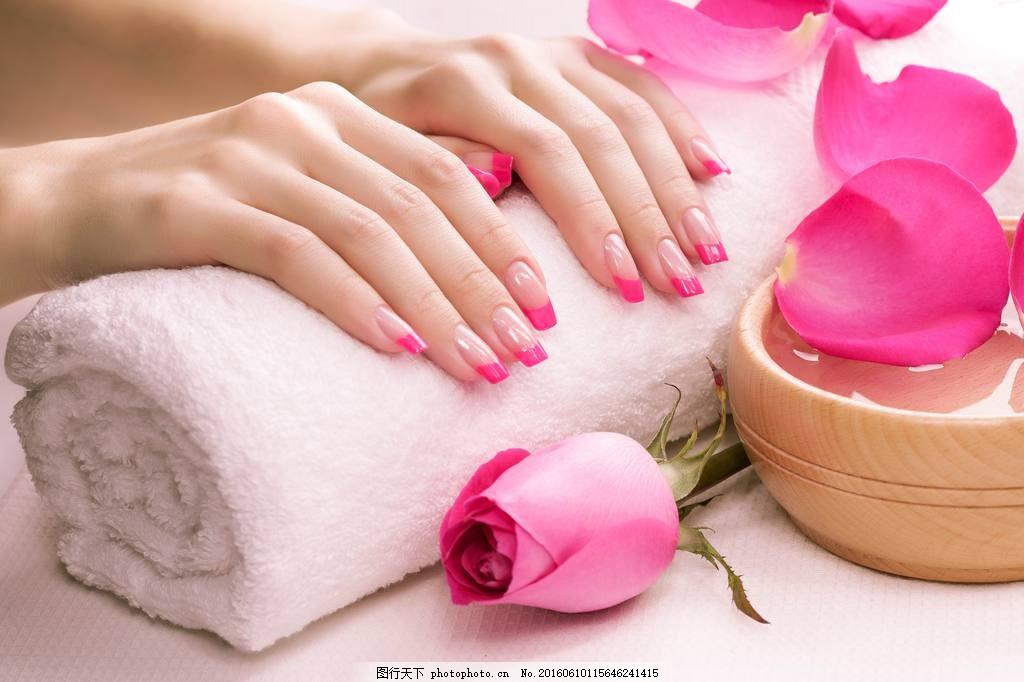唯美粉红色美甲图片下载 粉红色 指甲 长指甲 欧式 毛巾