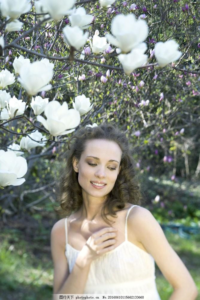 美女与鲜花图片