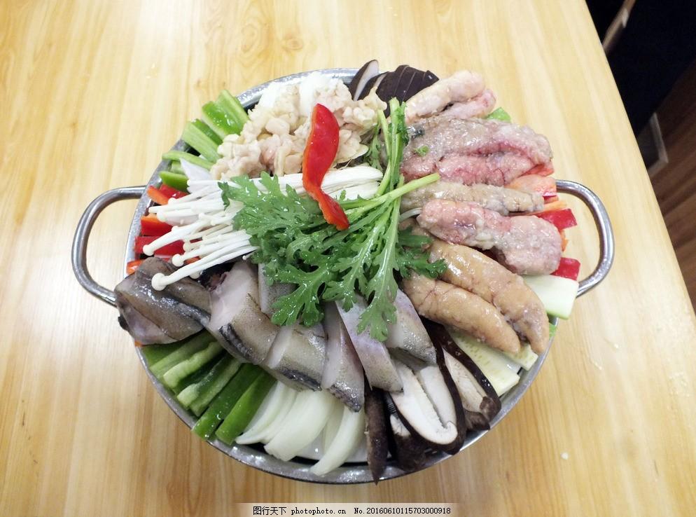 辣鳕鱼肠火锅 韩式鳕鱼火锅 韩式鳕鱼豆腐 韩式豆腐火锅 鳕鱼炖豆腐图片