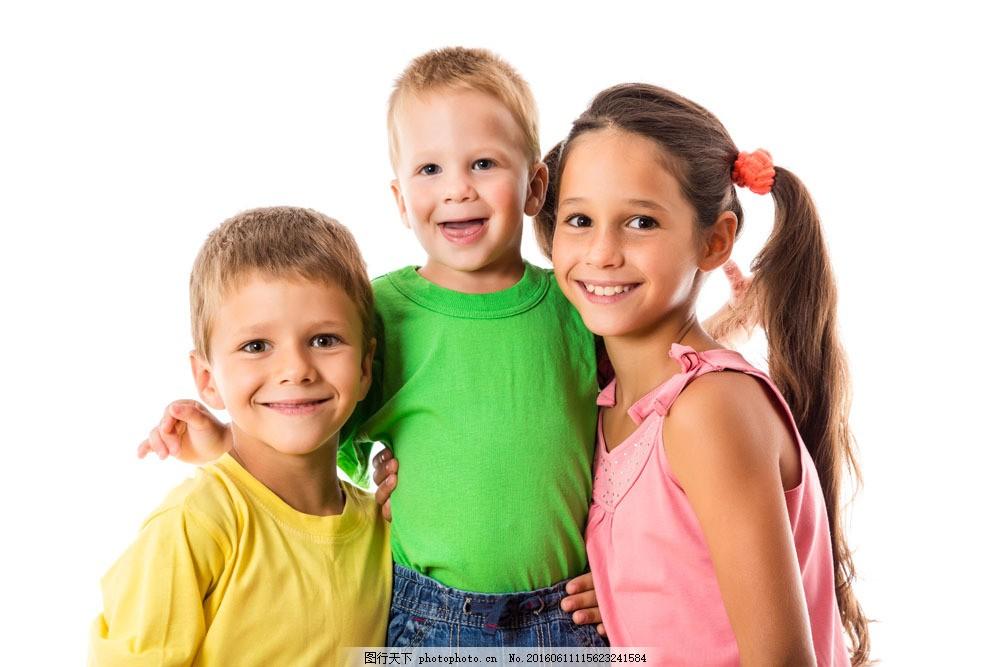 三个外国小孩图片素材 小孩 外国 男孩 女孩 微笑 人物 可爱 儿童图片