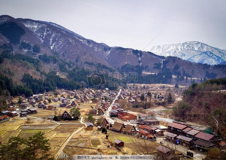 村落里的风景