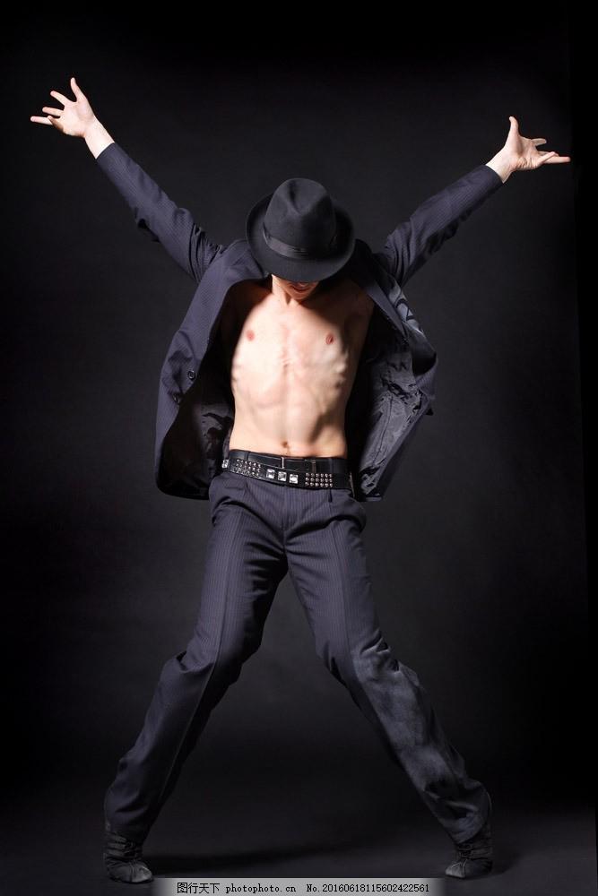 跳舞的酷帅青年图片素材 舞蹈 街舞 男人 男性 青年 人物 国外人物图片