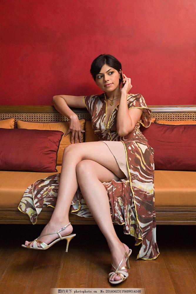 穿高跟鞋的美女模特 穿高跟鞋的美女模特图片素材 性感美女 外国女人