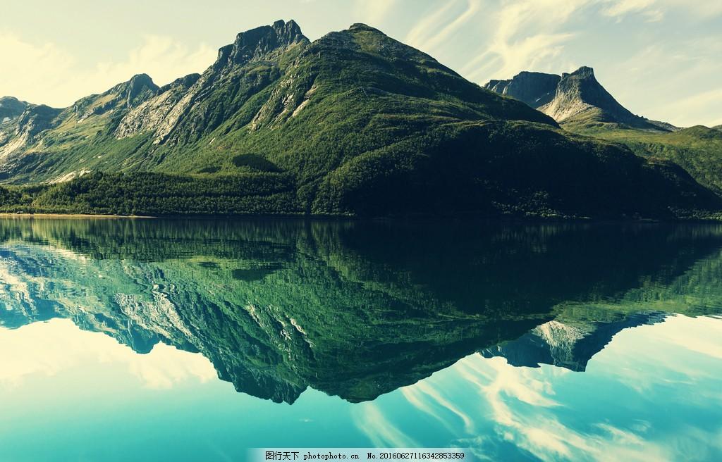 绿色山水风景图片下载 湖泊 美景 山脉 山丘 绿色
